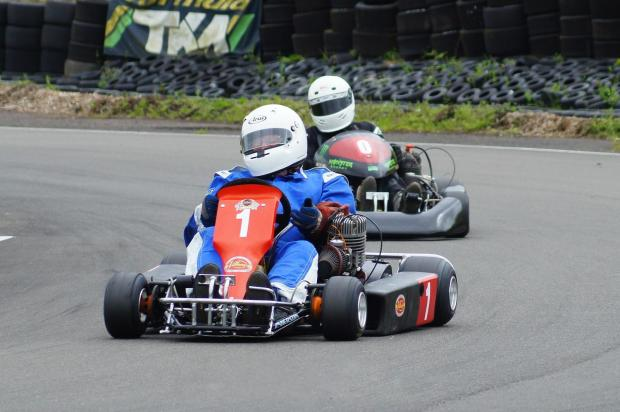 The Advertiser Series: Graham Payne leading the field in the National British Kart Championship