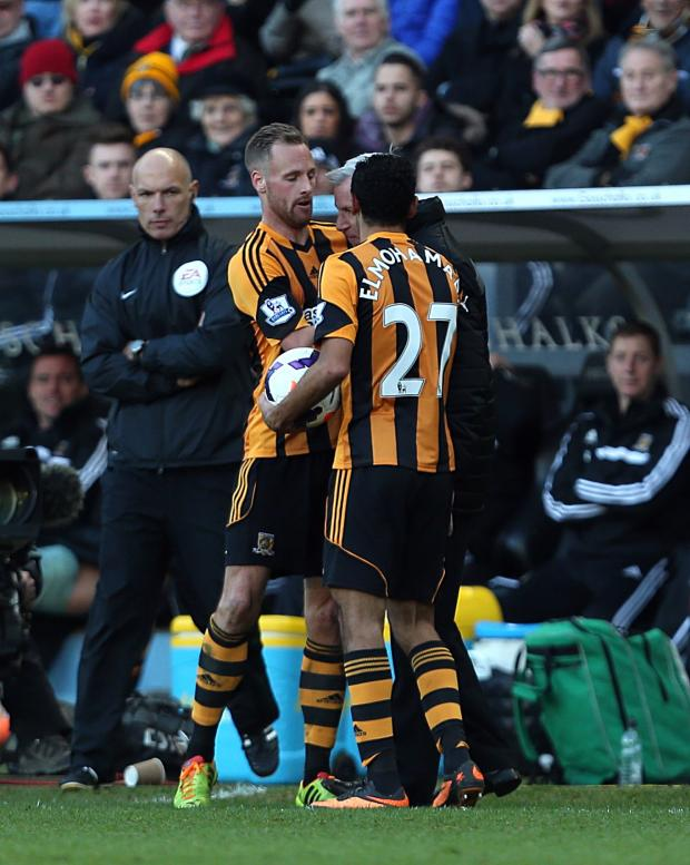 The Advertiser Series: IS PARDEW A NUTTER?: Manager Alan Pardew clashes with Hull City's David Meyler
