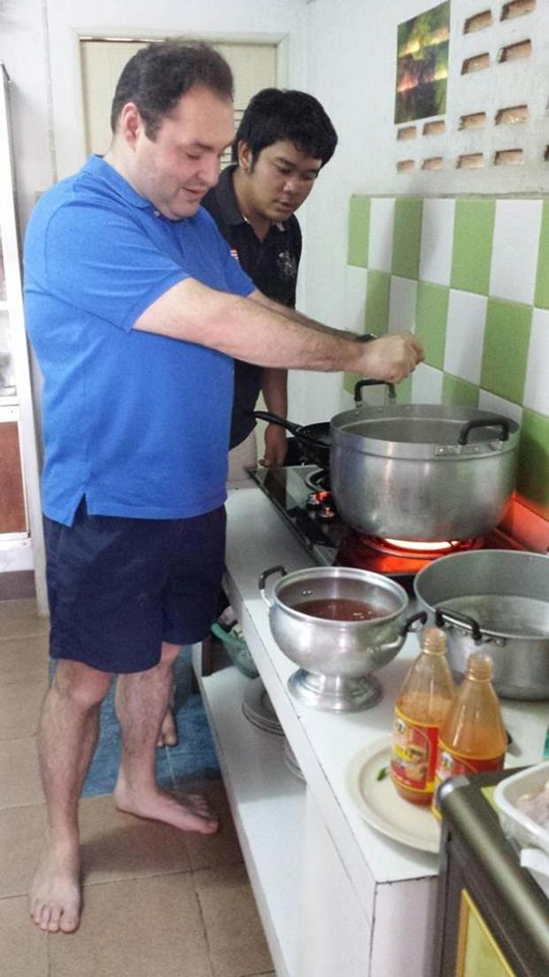The Advertiser Series: David prepares meal for Thai school