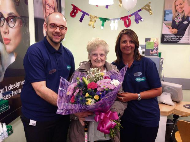 The Advertiser Series: Doreen Summers received a bouquet at  Specsavers (6694101)