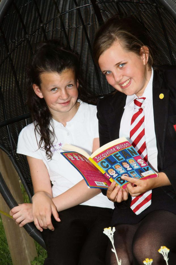The Advertiser Series: STEPPING UP: Chloe Naisbitt, 11, of Northwood Primary School, with DSMS student Lucy Edmond, 12